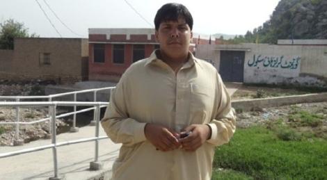 pakistan-coas-aitzazhasan_1-11-2014_133801_l